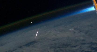 流れ星(ISS).jpg